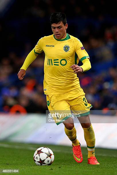 Jonathan Silva of Sporting Lisbon runs with the ball during the UEFA Champions League group G match between Chelsea and Sporting Clube de Portugal at...