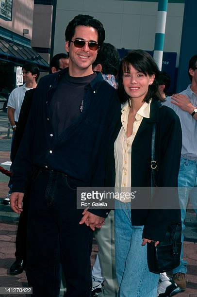 Jonathan Silverman and Anna Lee at the Premiere of 'ED' Cineplex Odeon Cinema Century City