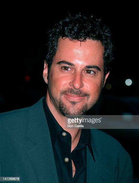 Jonathan Silverman at the Premiere of 'American Outlaws', Mann Village Theater, Westwood.