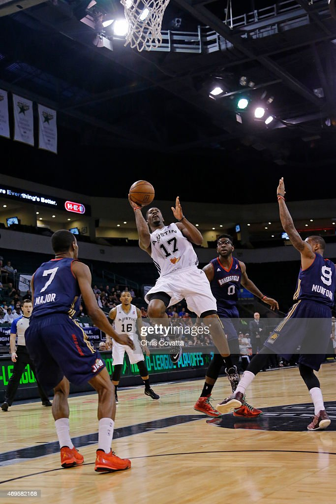 Jonathan Simmons #17 of the Austin Spurs shoots the ball against the Bakersfield Jam in game three of the 2015 D-League playoffs at the Cedar Park Center on April 12, 2015 in Cedar Park, Texas.