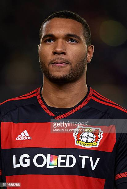 Jonathan Tah of Bayer Leverkusen looks on prior to the UEFA Europa League Round of 16 first leg match between Villarreal and Bayer Leverkusen at El...
