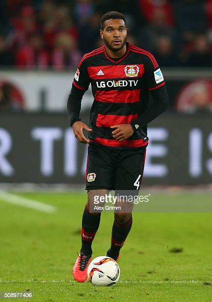Jonathan Tah of Leverkusen controles the ball during the Bundesliga match between Bayer Leverkusen and FC Bayern Muenchen at BayArena on February 6...