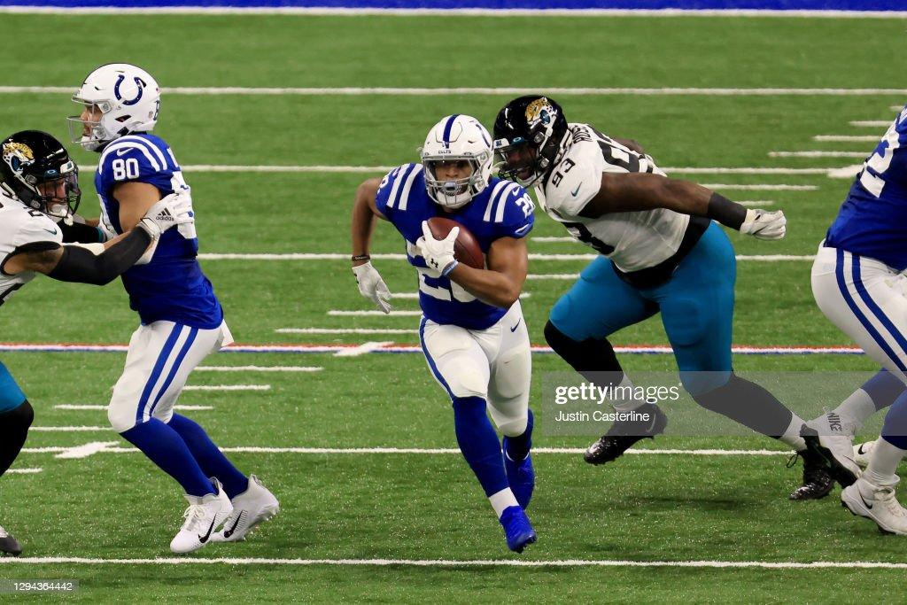 Jacksonville Jaguars v Indianapolis Colts : News Photo