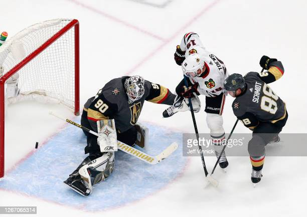 Jonathan Toews of the Chicago Blackhawks scores against Robin Lehner of the Vegas Golden Knights at 10:32 of the first period in Game Five of the...
