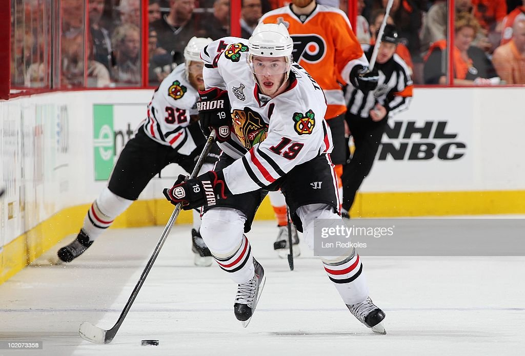Jonathan Toews #19 of the Chicago Blackhawks skates the puck across center ice against the Philadelphia Flyers in Game Six of the 2010 NHL Stanley Cup Final at the Wachovia Center on June 9, 2010 in Philadelphia, Pennsylvania.