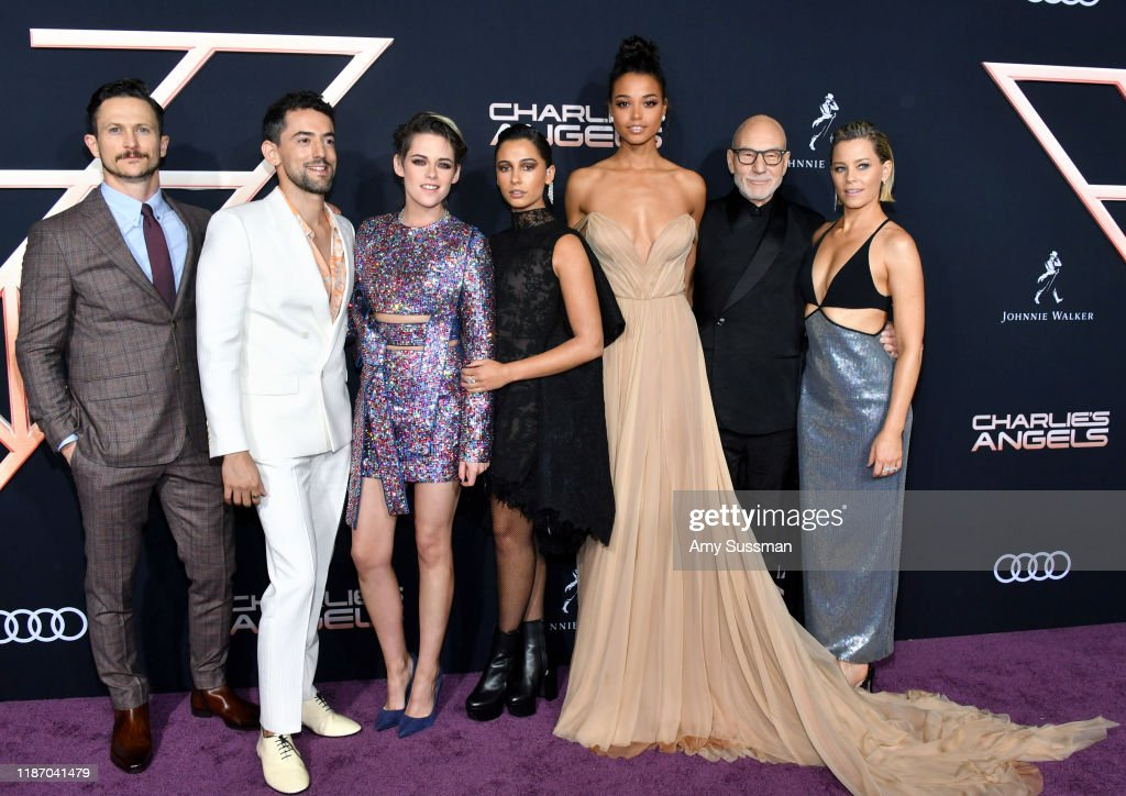 """Premiere Of Columbia Pictures' """"Charlie's Angels"""" - Red Carpet : News Photo"""