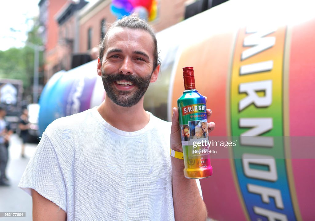 Jonathan Van Ness Joins SMIRNOFF At The 2018 Pride March To Celebrate Love In All Its Forms