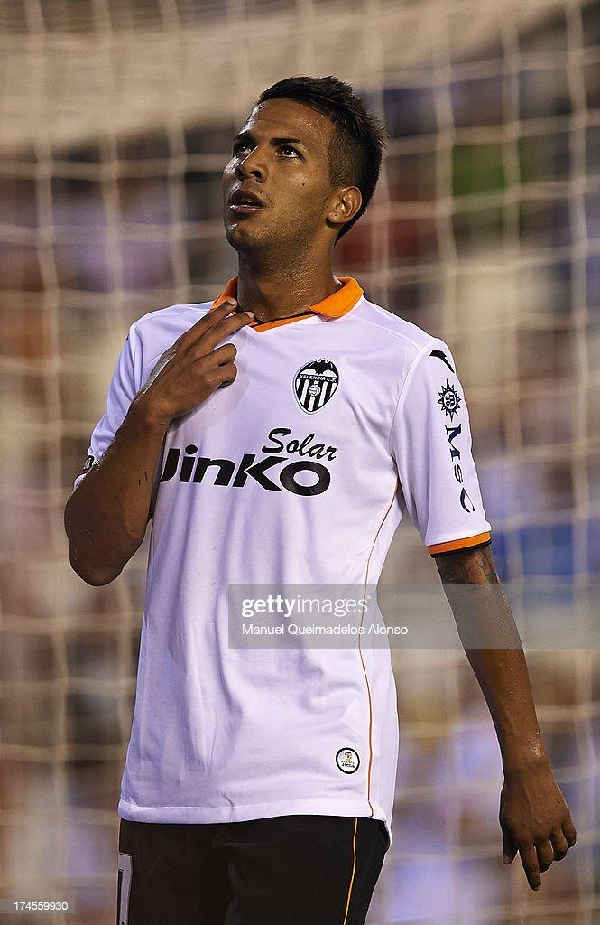 Valencia v AC Milan - Pre Season Friendly
