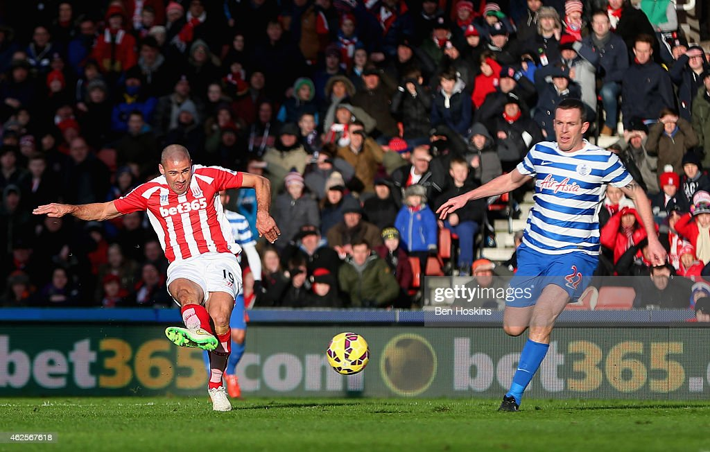 Jonathan Walters of Stoke City scores the opening goal during the Barclays Premier League match between Stoke City and Queens Park Rangers at Britannia Stadium on January 31, 2015 in Stoke on Trent, England.