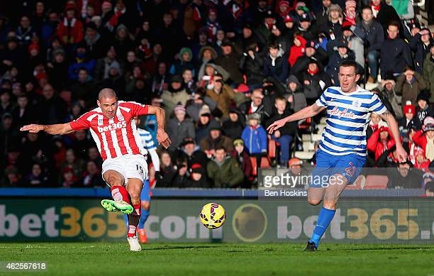 Jonathan Walters of Stoke City scores the opening goal during the Barclays Premier League match between Stoke City and Queens Park Rangers at...