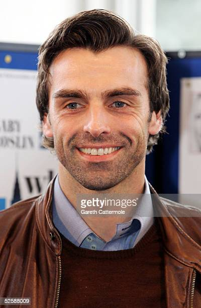 Jonathan Wrather is seen at a photocall to launch the UK Tour of the production When Harry Met Sally at the Churchill Theatre Bromley on April 4 2005...