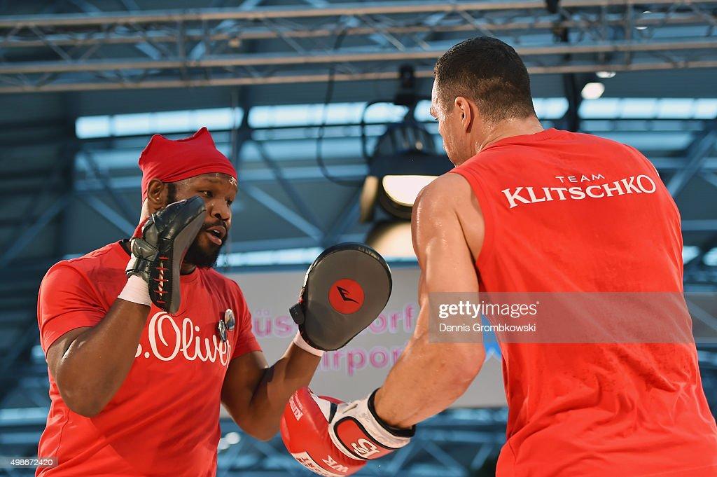 Wladimir Klitschko v Tyson Fury - Media Training Session : News Photo