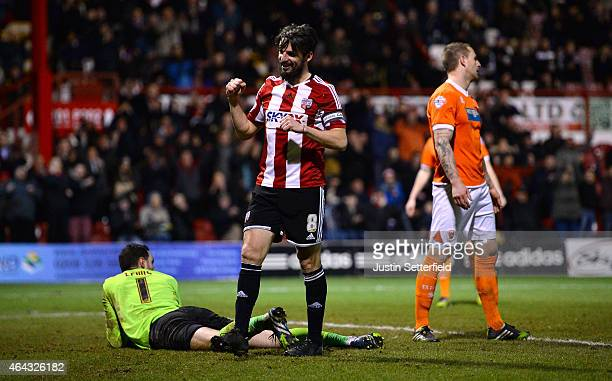 Jonathon Douglas of Brentford FC celebrates Brentfords 3rd goal during the Sky Bet Championship match between Brentford and Blackpool at Griffin Park...