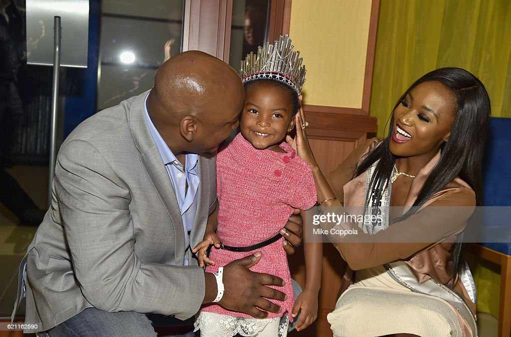 Jones Family Members And Miss Usa Deshauna Barber Attend The