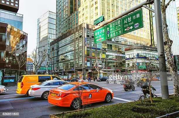 jongro cbd, downtown of seoul - ソウル ストックフォトと画像