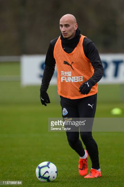 Jonjo Shelvey looks to pass the ball during the Newcastle United Training Session at the Newcastle United Training Centre on March 22 2019 in...