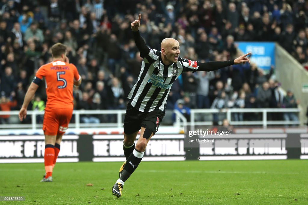 Jonjo Shelvey of Newcastle United celebrates scoring his team's third goal during The Emirates FA Cup Third Round match between Newcastle United and Luton Town at St James' Park on January 6, 2018 in Newcastle upon Tyne, England.