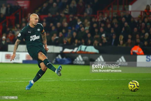 Jonjo Shelvey of Newcastle United scores his side's second goal during the Premier League match between Sheffield United and Newcastle United at...