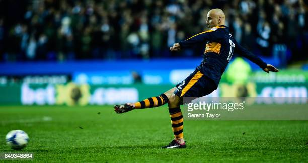 Jonjo Shelvey of Newcastle United takes a free kick during the Sky Bet Championship Match between Reading and Newcastle United at the Madjeski...