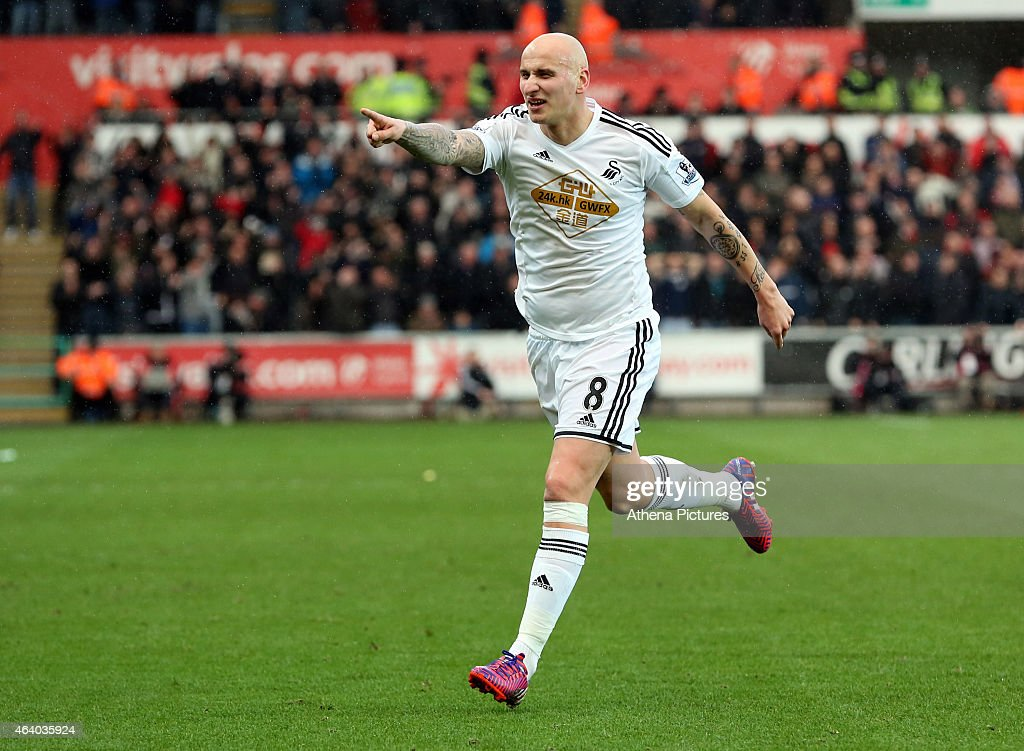 Jonjo Shelvey of Swansea celebrates his goal, to put Swansea ahead 2-1, during the Barclays Premier League match between Swansea City and Manchester United at Liberty Stadium on February 21, 2015 in Swansea, Wales.
