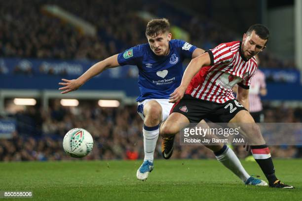 Jonjoe Kenny of Everton and George Honeyman of Sunderland during the Carabao Cup Third Round match between Everton and Sunderland at Goodison Park on...
