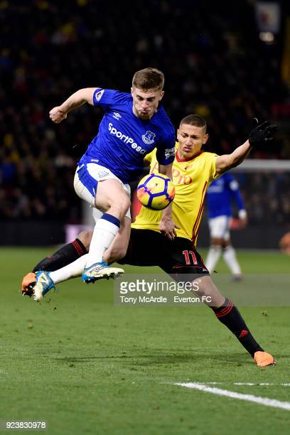 Jonjoe Kenny of Everton and Richarlison challenge for the ball during the Premier League match between Watford and Everton at Vicarage Road on...