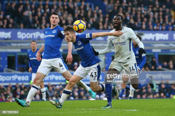 Jonjoe Kenny of Everton battles for possesion with Tiemoue Bakayoko of Chelsea during the Premier League match between Everton and Chelsea at...