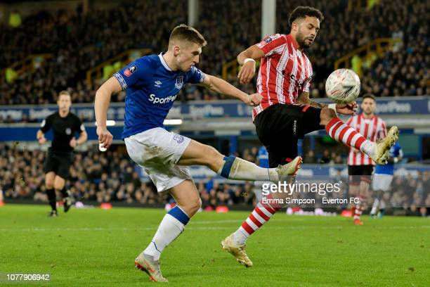 Jonjoe Kenny of Everton crosses the ball during the Emirates FA Cup Third Round match between Everton and Lincoln City at Goodison Park on January 5,...