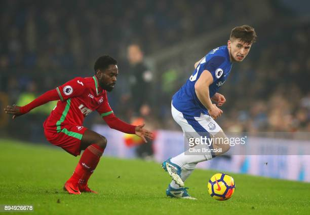 Jonjoe Kenny of Everton evades Nathan Dyer of Swansea City during the Premier League match between Everton and Swansea City at Goodison Park on...