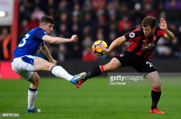 Jonjoe Kenny of Everton is challenged by Ryan Fraser of AFC Bournemouth during the Premier League match between AFC Bournemouth and Everton at...