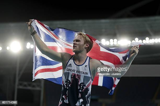Jonnie Peacock of Great Britain celebrates after winning the Men's 100m F44 Final during day 2 of the Rio 2016 Paralympic Games at the Olympic...