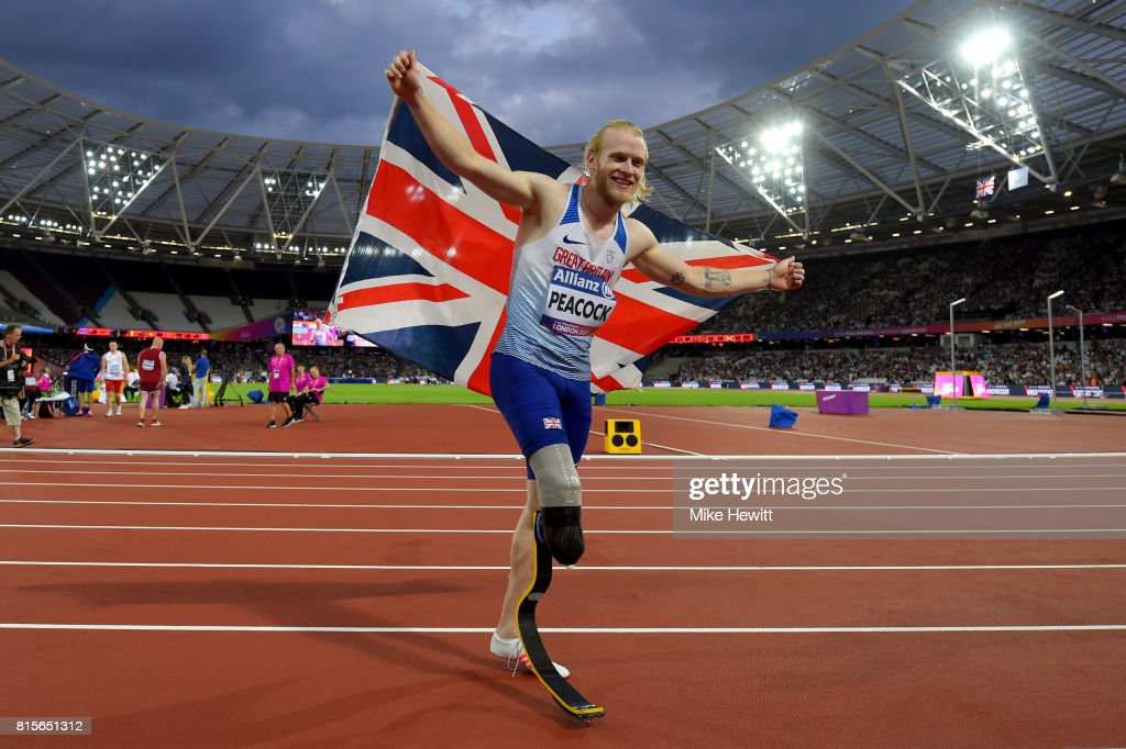 Jonnie Peacock of Great Britain celebrates winning the Men's 100m T44 Final during day three of the IPC World ParaAthletics Championships 2017 at the London Stadium on July 16, 2017 in London, England.
