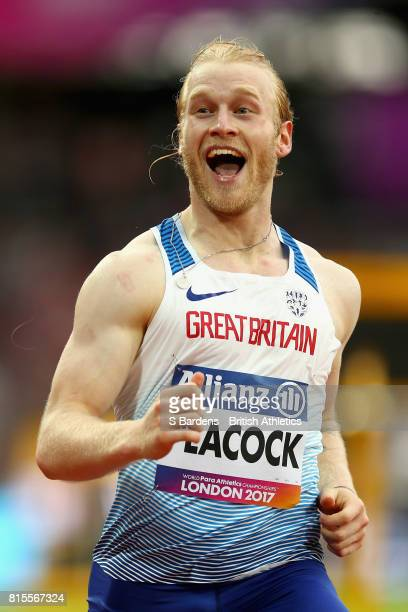 Jonnie Peacock of Great Britain reacts to winning the Men's 100m T44 Round 1 Heat 1 during Day Three of the IPC World ParaAthletics Championships...