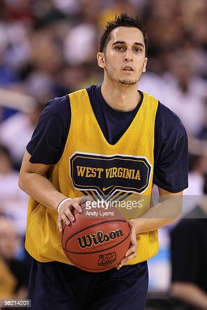 Jonnie West of the West Virginia Mountaineers shoots the ball during practice prior to the 2010 Final Four of the NCAA Division I Men's Basketball...