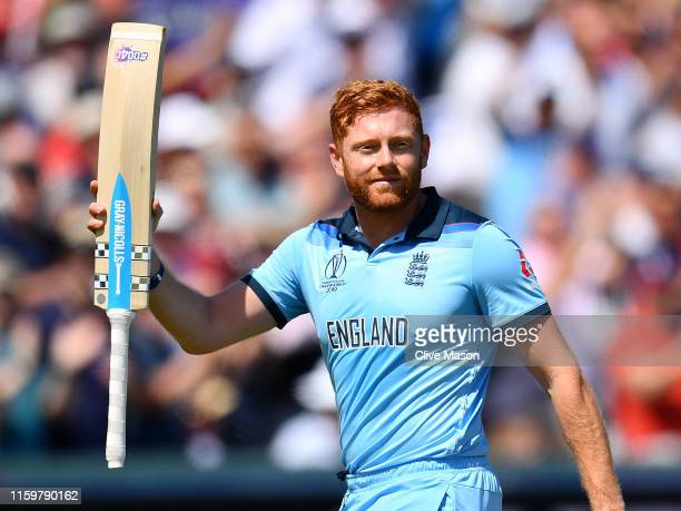 Jonny Bairstow of England acknowledges the crowd as he walks off after scoring his century during the Group Stage match of the ICC Cricket World Cup...