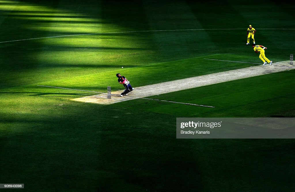 Australia v England - Game 2