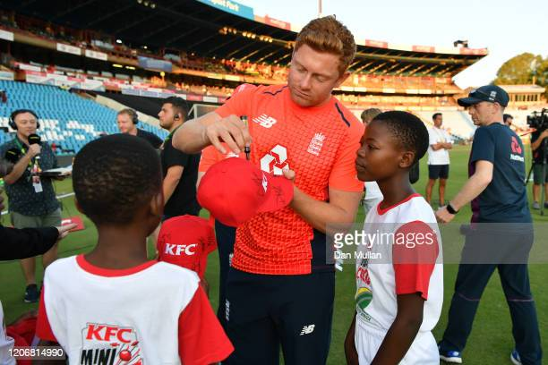 Jonny Bairstow of England signs autographs for young fans following the Third T20 International match between South Africa and England at SuperSport...