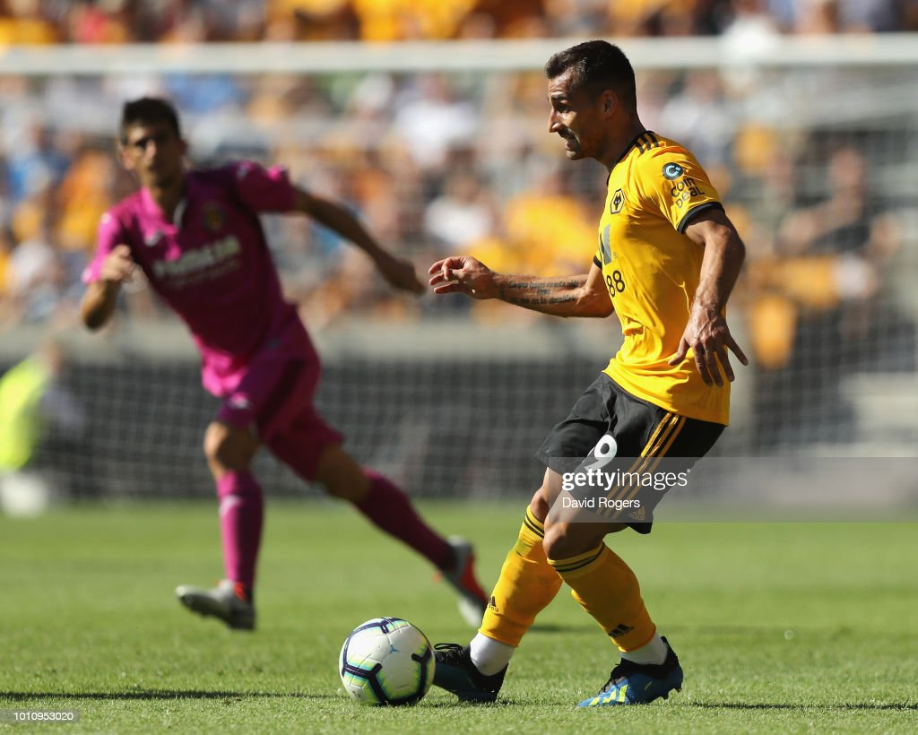 Jonny Castro Otto of Wolverhampton Wanderers passes the ball during the pre-season friendly match between Wolverhampton Wanderers and Villareal at Molineux on August 4, 2018 in Wolverhampton, England.