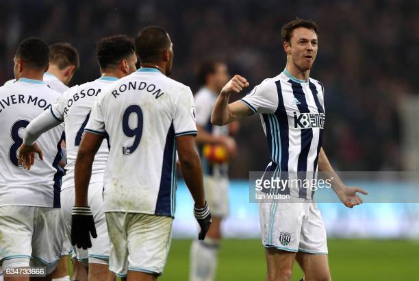 Jonny Evans of West Bromwich Albion celebrates his side's 22 draw in the Premier League match between West Ham United and West Bromwich Albion at...