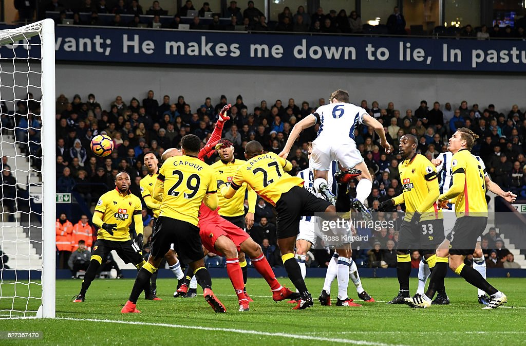 Jonny Evans of West Bromwich Albion heads to score the opening goal during the Premier League match between West Bromwich Albion and Watford at The Hawthorns on December 3, 2016 in West Bromwich, England.