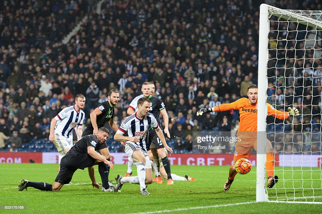 Jonny Evans of West Bromwich Albion scores his team's second goal during the Barclays Premier League match between West Bromwich Albion and Stoke City at The Hawthorns on January 2, 2016 in West Bromwich, England.