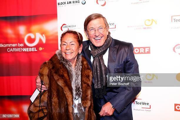 Jonny Hill Ehefrau Helga vor AftershowParty nach ZDFMusikshow Willkommen bei C a r m e n N e b e l Braunschweig Niedersachsen Deutschland Europa...