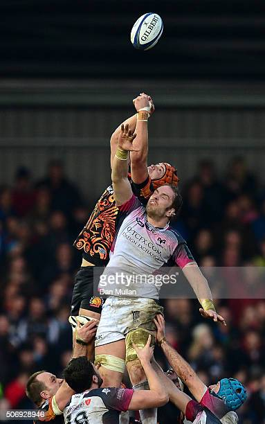Jonny Hill of Exeter Chiefs competes for the line out with Alun Wyn Jones of Ospreys during the European Rugby Champions Cup Pool 2 match between...