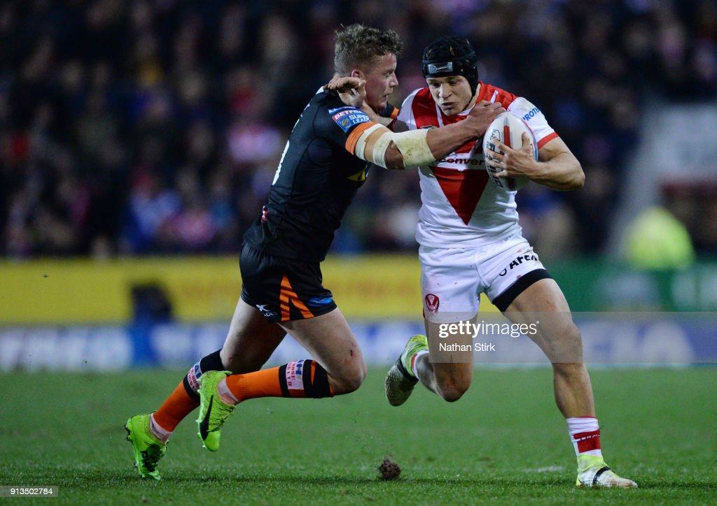 Jonny Lomax of St Helens in action during the Betfred Super League match between St Helens and Castleford Tigers at Langtree Park on February 2, 2018 in St Helens, England.