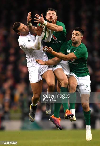 Jonny May of England Robbie competes for the ball with Henshaw of Ireland and Conor Murray of Ireland during the Guinness Six Nations between Ireland...