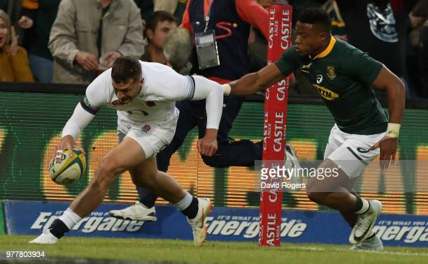 Jonny May of England scores a try during the second test match between South Africa and England at Toyota Stadium on June 16 2018 in Bloemfontein...