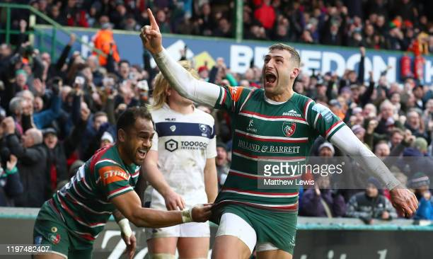 Jonny May of Leicester Tigers celebrates scoring his try during the Gallagher Premiership Rugby match between Leicester Tigers and Bristol Bears at...