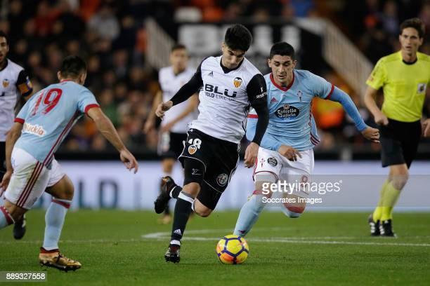 Jonny Otto of Celta de Vigo Carlos Soler of Valencia CF Pablo Hernandez of Celta de Vigo during the Spanish Primera Division match between Valencia v...