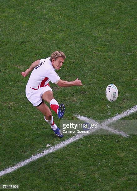 Jonny Wilkinson of England kicks at goal during the 2007 Rugby World Cup Final between England and South Africa at the Stade de France on October 20,...