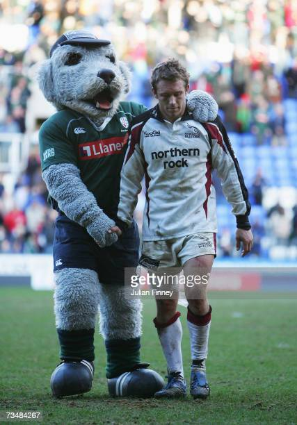 Jonny Wilkinson of Newcastle Falcons with the Club Mascot after the Guinness Premiership match between London Irish and Newcastle Falcons at the...
